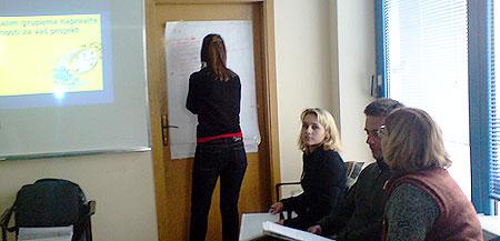 Atmosfera na treningu Ekumenske humanitarne organizacije za nevladine organizacije - timski rad