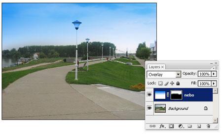 Dodat nov lejer sa gradijentnim plavo-belim prelivom i Overlay blend modom