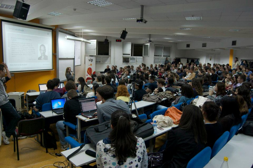 Blogeri studentima, Maja Vasić | Kako živeti od web dizajna, FON Beograd